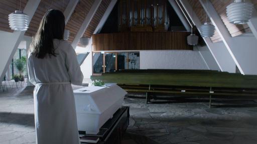 Perjantai-dokkari: Yksinäiset hautajaiset