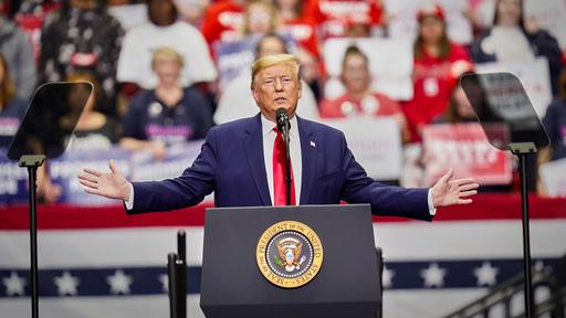 Ulkolinja: Trumpin ensimmäinen kausi