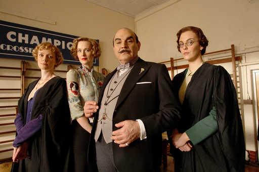 Hercule Poirot: Kissa kyyhkyslakassa